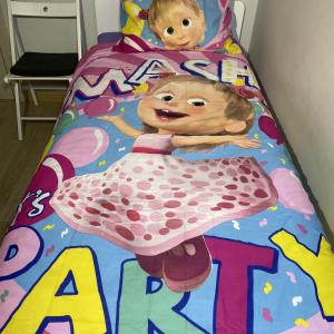 Maša ir Lokys (Party), 2 dalių patalynės komplektas
